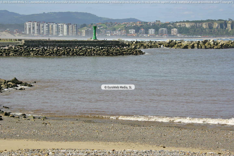 Fotografía de Playa de El Arañón en Avilés. Asturias. España.