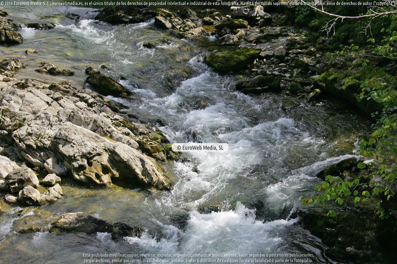 Fotografía de Río Sella (Cangas de Onís) en Cangas de Onís. Asturias. España.