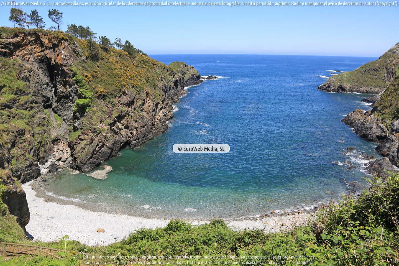 Fotografía de Playa de Monellos en El Franco. Asturias. España.