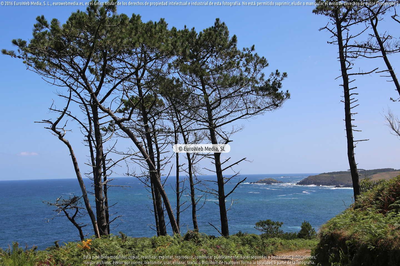 Fotografía de Ruta la Costa Naviega en Navia. Asturias. España.