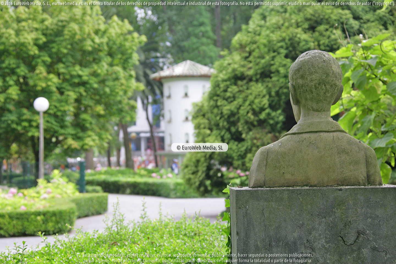 Fotografía de Escultura «Ventura Alvarez Sala» en Gijón. Asturias. España.