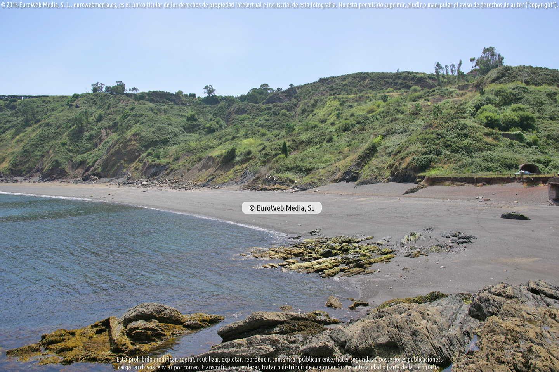 Fotografía de Playa Llumeres en Gozón. Asturias. España.