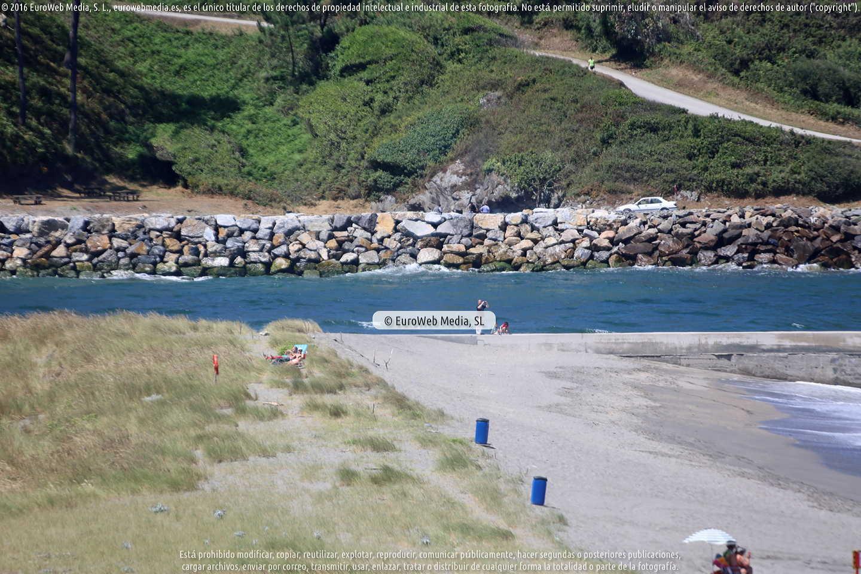 Fotografía de Mirador del Monumento al Emigrante en Navia en Navia. Asturias. España.