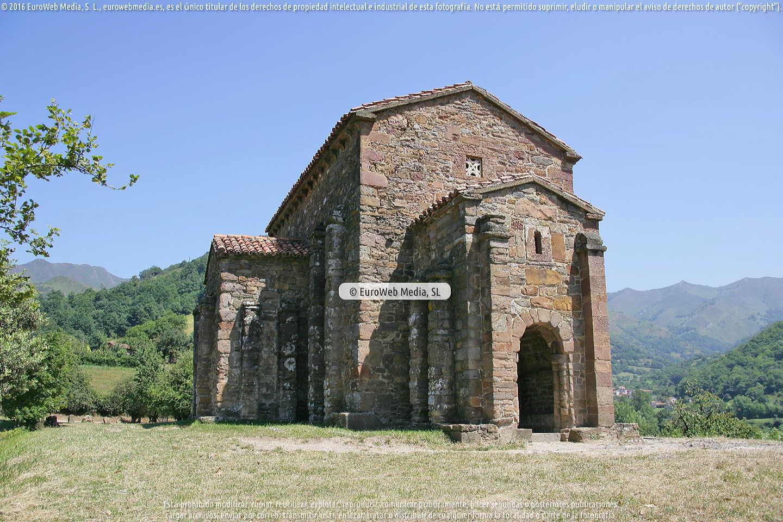 Fotografía de Iglesia de Santa Cristina de Lena en Lena. Asturias. España.