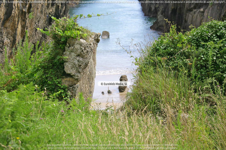 Fotografía de Playa Villanueva - La Canal en Llanes. Asturias. España.