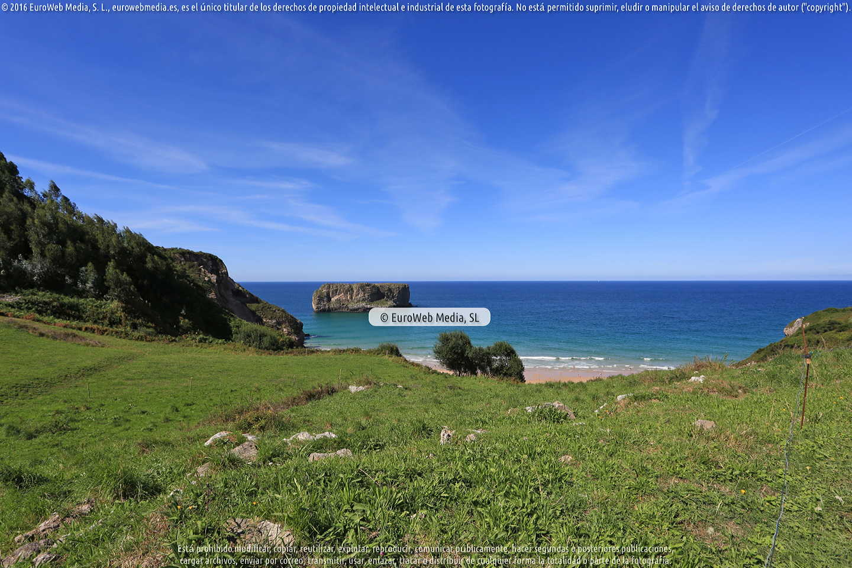 Fotografía de Playa Andrín en Llanes. Asturias. España.