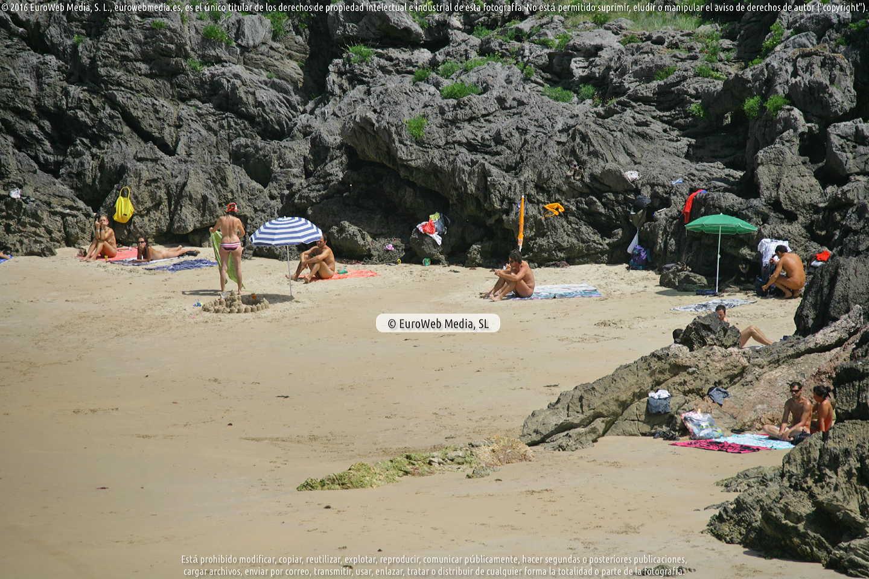 Fotografía de Playa de La Atalaya - Tayada en Llanes. Asturias. España.