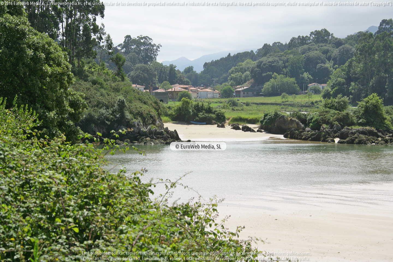 Fotografía de Playa de La Entrada en Llanes. Asturias. España.