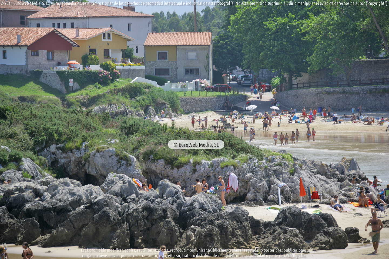 Fotografía de Playa de Las Cámaras en Llanes. Asturias. España.