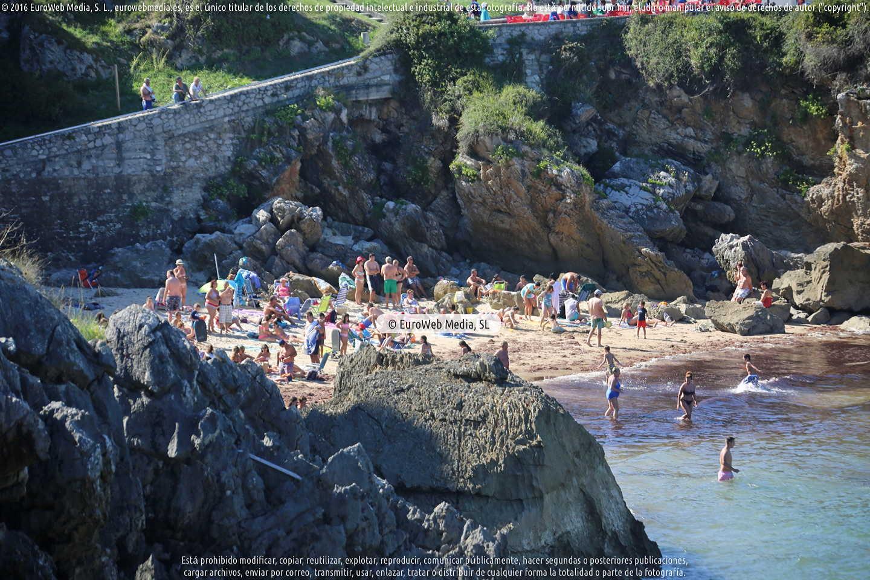 Fotografía de Playa Puerto Chico en Llanes. Asturias. España.