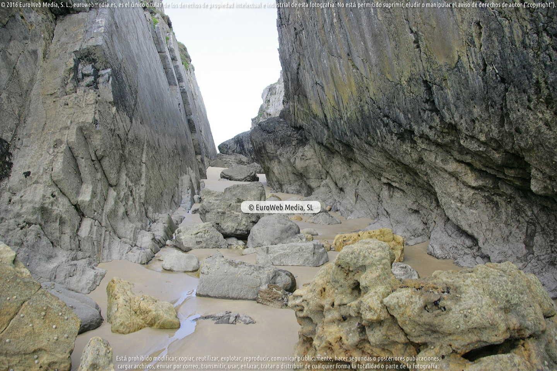 Fotografía de Playa Almenada en Llanes. Asturias. España.