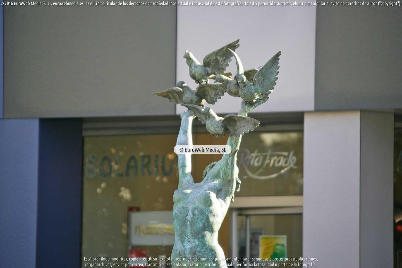 Fotografía de Escultura «Paz» de Oviedo en Oviedo. Asturias. España.