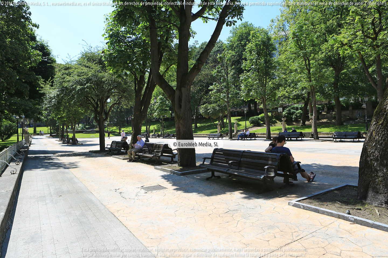 Fotografía de Campo o Parque de San Francisco en Oviedo. Asturias. España.