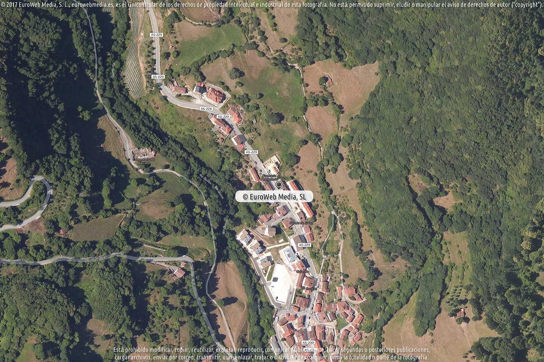 Fotografía de Ayuntamiento de Quirós en Quirós. Asturias. España.