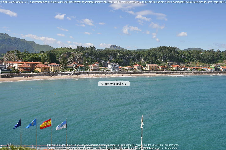 Fotografía de Playa Ribadesella - Santa Marina en Ribadesella. Asturias. España.