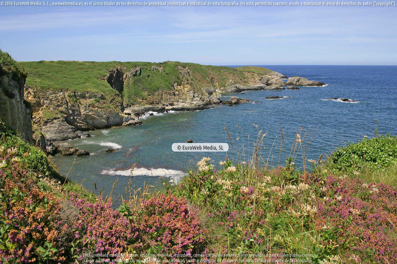 Fotografía de Playa Las Poleas en Tapia de Casariego. Asturias. España.