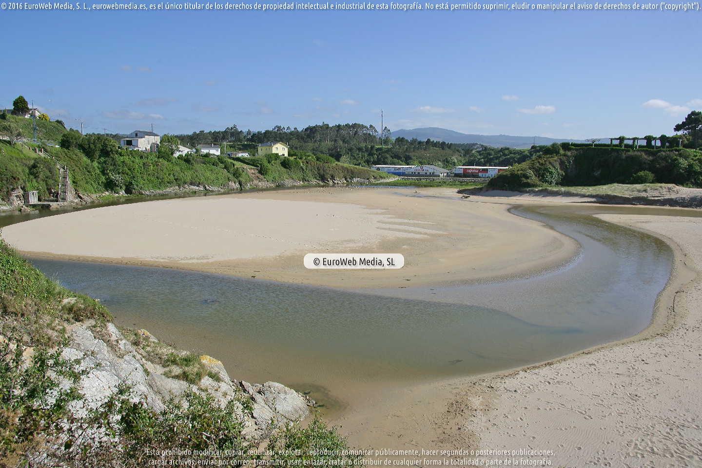 Fotografía de Playa Anguileiro en Tapia de Casariego. Asturias. España.