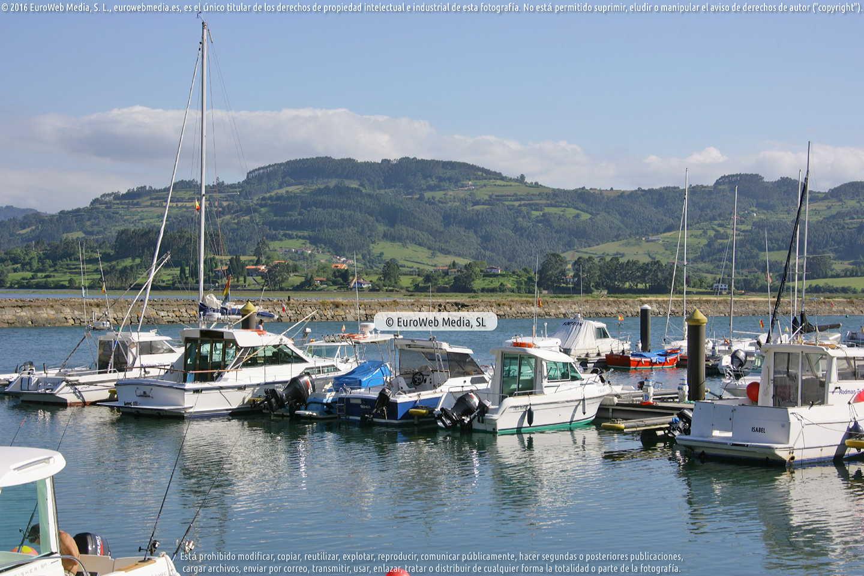 Fotografía de Puerto del Puntal en Villaviciosa. Asturias. España.
