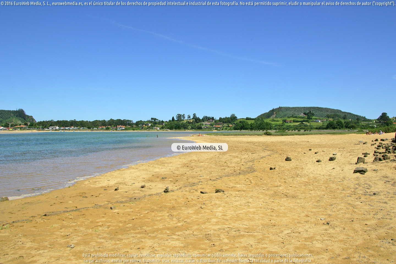 Fotografía de Playa Misiego en Villaviciosa. Asturias. España.