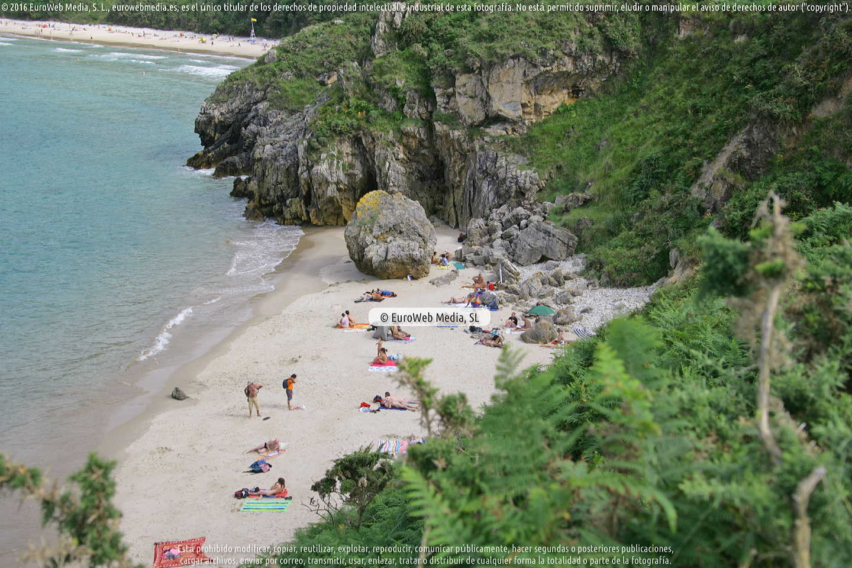 Fotografía de Playa Portacos en Llanes. Asturias. España.