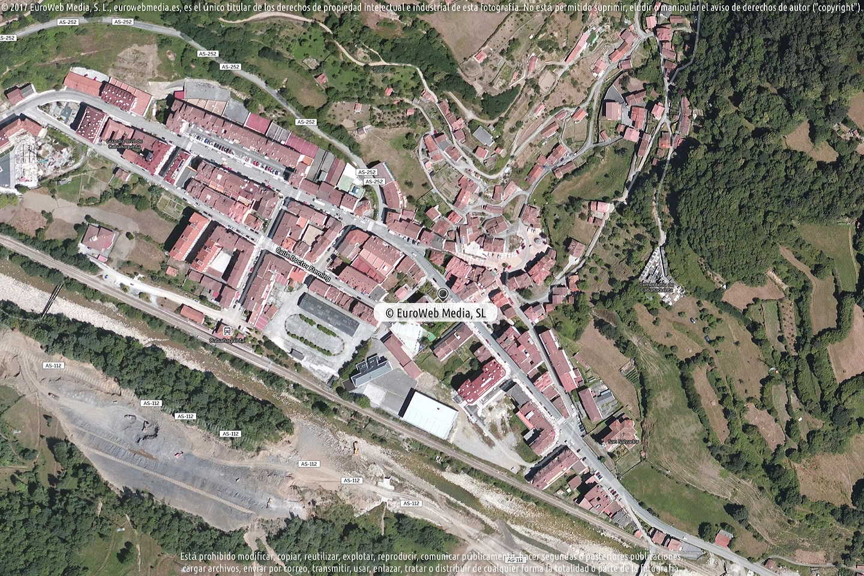 Fotografía de Ayuntamiento de Aller en Aller. Asturias. España.