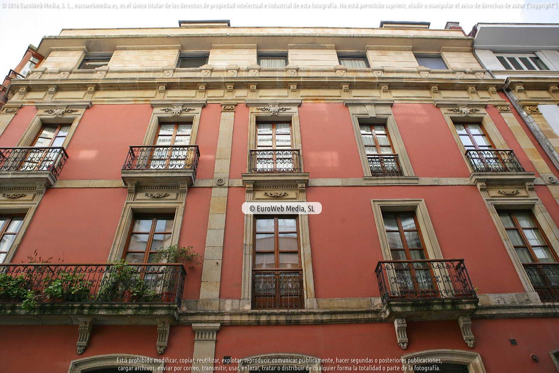Fotografía de Edificio Travesía del Convento, 7 en Gijón. Asturias. España.
