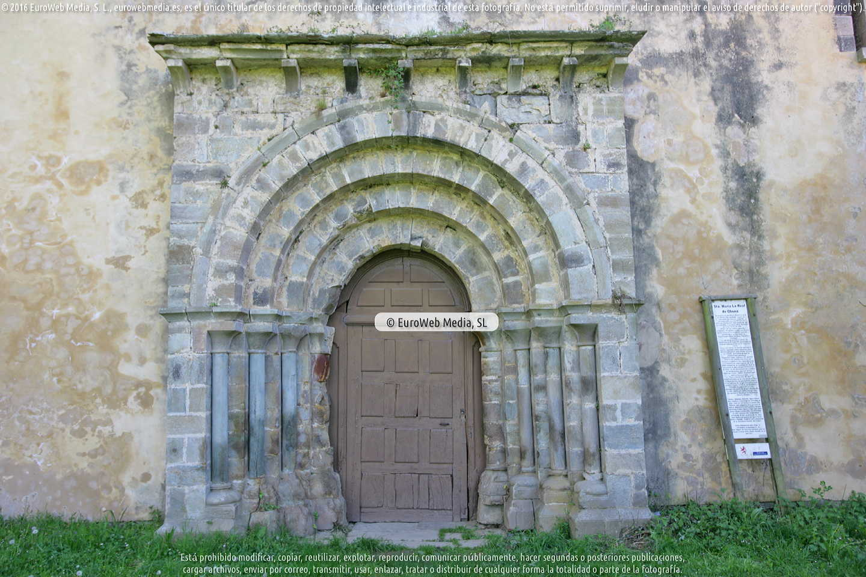 Fotografía de Iglesia del Monasterio de Santa María la Real de Obona en Tineo. Asturias. España.