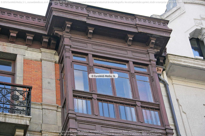 Fotografía de Casa natal de Fermín Canella en Oviedo. Asturias. España.
