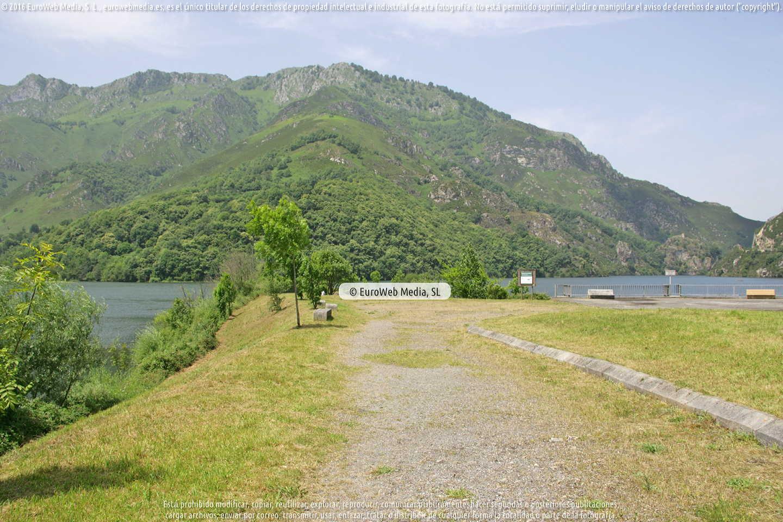 Fotografía de Embalse de Rioseco en Sobrescobio. Asturias. España.