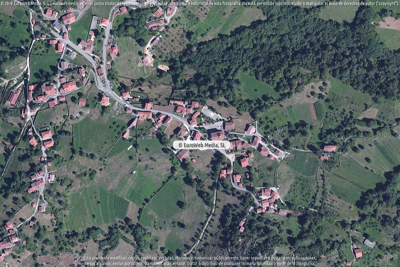 Fotografía de Oficina de Turismo de Peñamellera Alta en Peñamellera Alta. Asturias. España.