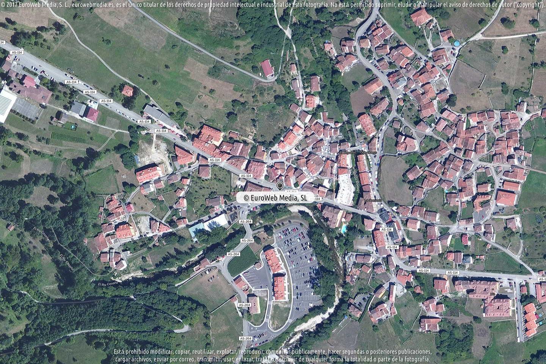 Fotografía de Oficina de Turismo de Arenas de Cabrales en Cabrales. Asturias. España.