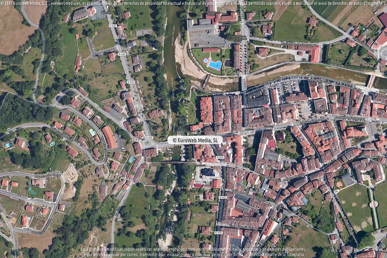 Fotografía de Oficina de Turismo de Cangas de Onís (Casa Riera) en Cangas de Onís. Asturias. España.