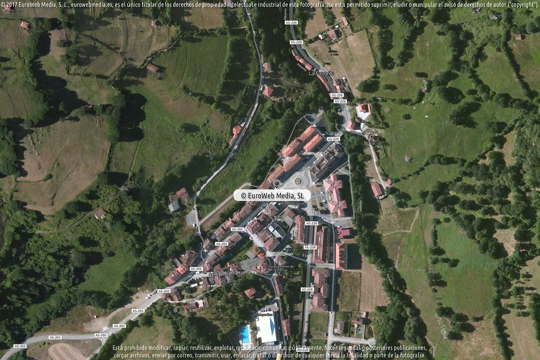 Fotografía de Oficina de Turismo de Teverga en Teverga. Asturias. España.
