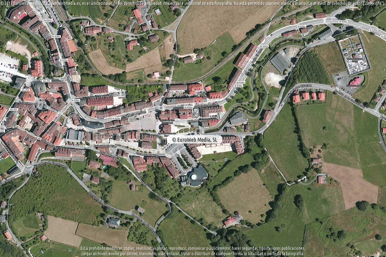 Fotografía de Oficina de Turismo de Nava en Nava. Asturias. España.