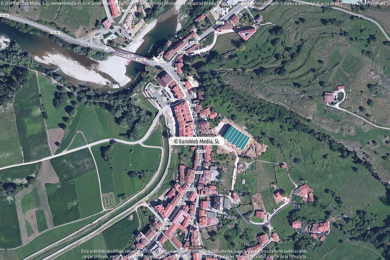 Fotografía de Oficina de Turismo de Peñamellera Baja en Peñamellera Baja. Asturias. España.