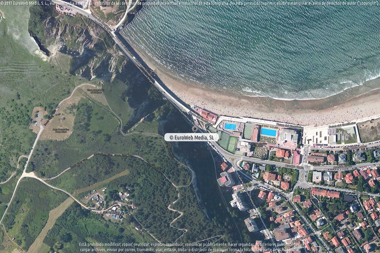 Fotografía de Oficina de Turismo de Salinas en Castrillón. Asturias. España.