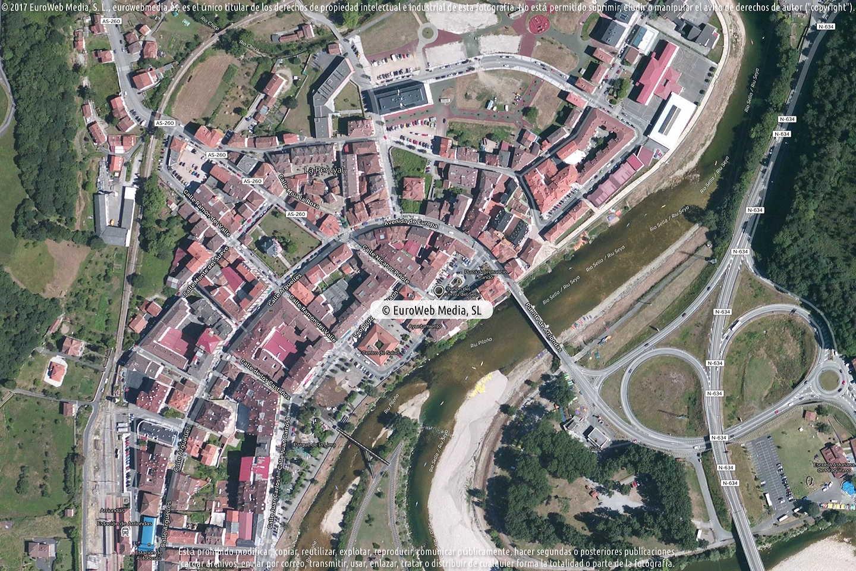 Fotografía de Ayuntamiento de Parres en Parres. Asturias. España.