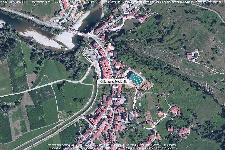 Fotografía de Ayuntamiento de Peñamellera Baja en Peñamellera Baja. Asturias. España.