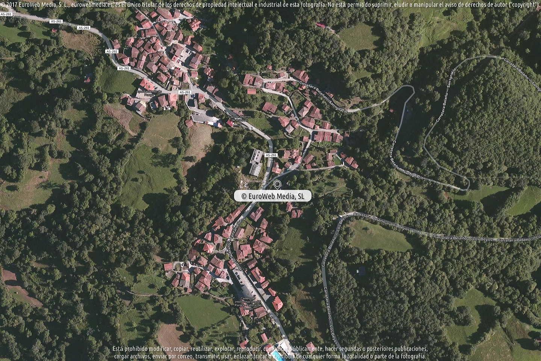 Fotografía de Ayuntamiento de Ponga en Ponga. Asturias. España.