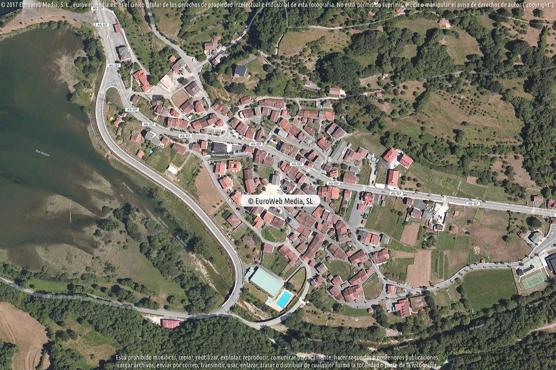 Fotografía de Ayuntamiento de Sobrescobio en Sobrescobio. Asturias. España.