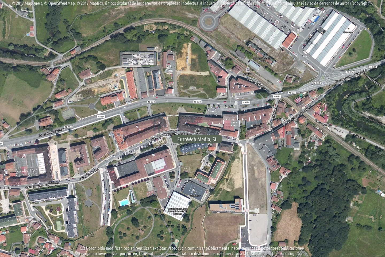 Fotografía de Polideportivo municipal de Colloto en Oviedo. Asturias. España.