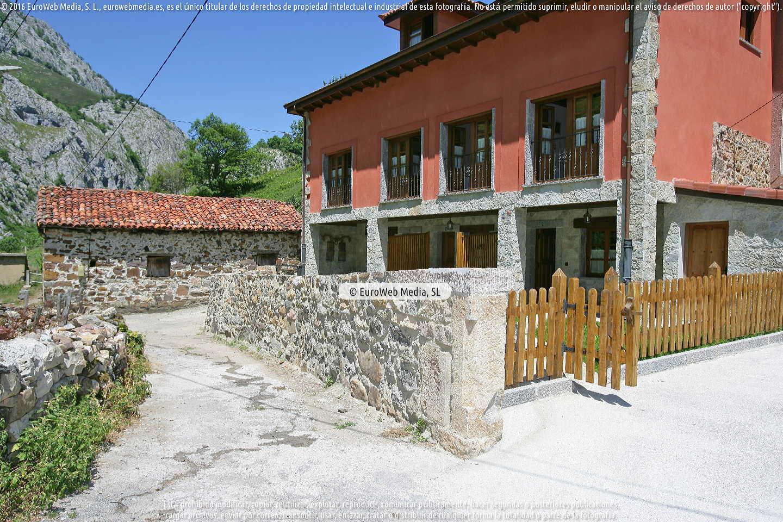 Fotografía de Apartamentos rurales Blanca en Teverga. Asturias. España.