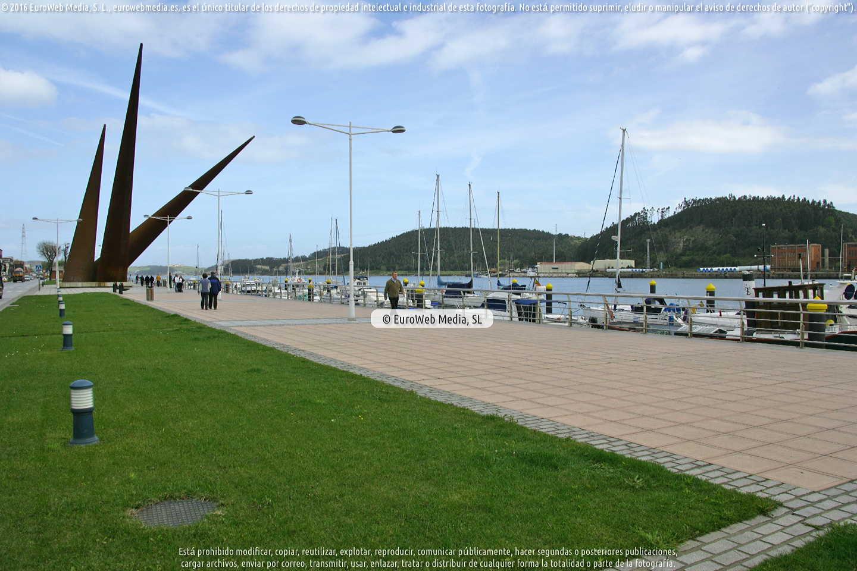 Fotografía de Escultura «Avilés» en Avilés. Asturias. España.