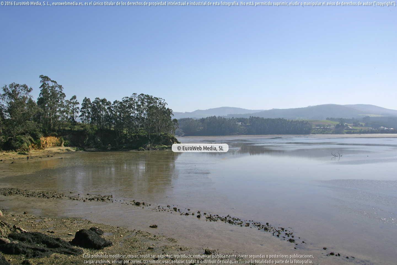 Fotografía de Playa de Las Acias o Playa Los Cobos en Castropol. Asturias. España.