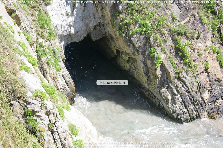 Fotografía de Playa de El Calambre en Tapia de Casariego. Asturias. España.