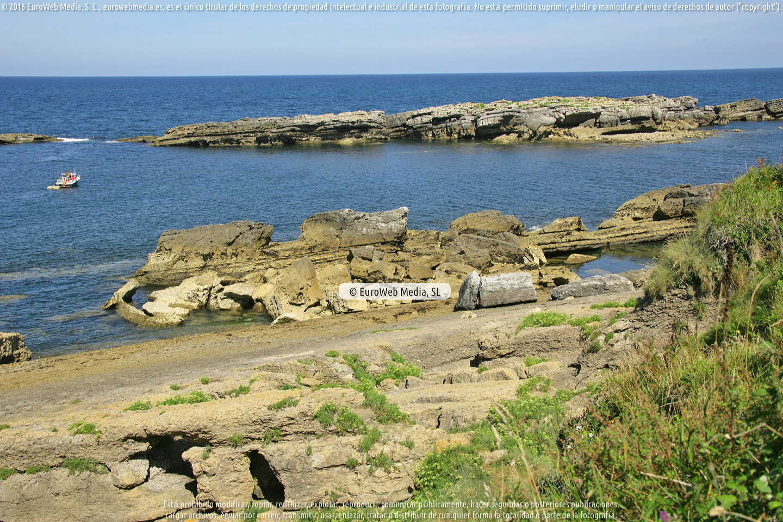 Fotografía de Playa de La Piscina en Gozón. Asturias. España.