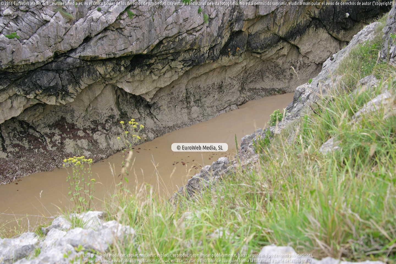 Fotografía de Playa La Canal en Llanes. Asturias. España.