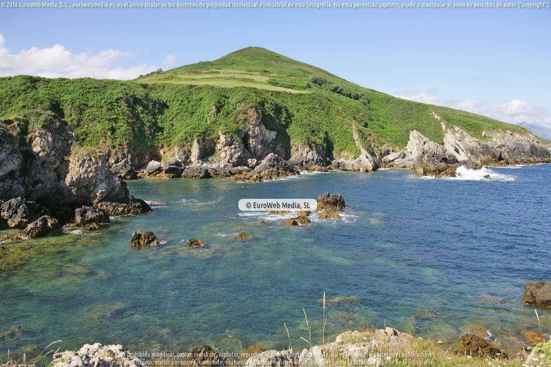 Fotografía de Playa Portaquinos le Gesa en Llanes. Asturias. España.
