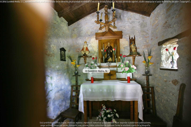 Fotografía de Capilla de San Antonio (Collado de Andrin) en Parres. Asturias. España.