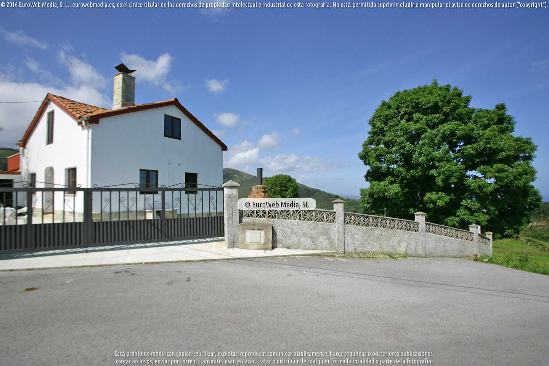 Fotografía de Casa rural Los Cabaninos Abajo en Cudillero. Asturias. España.